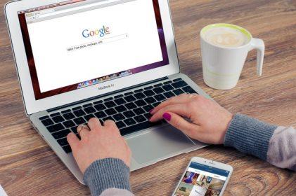 hacer aparecer en google tu web corporativa